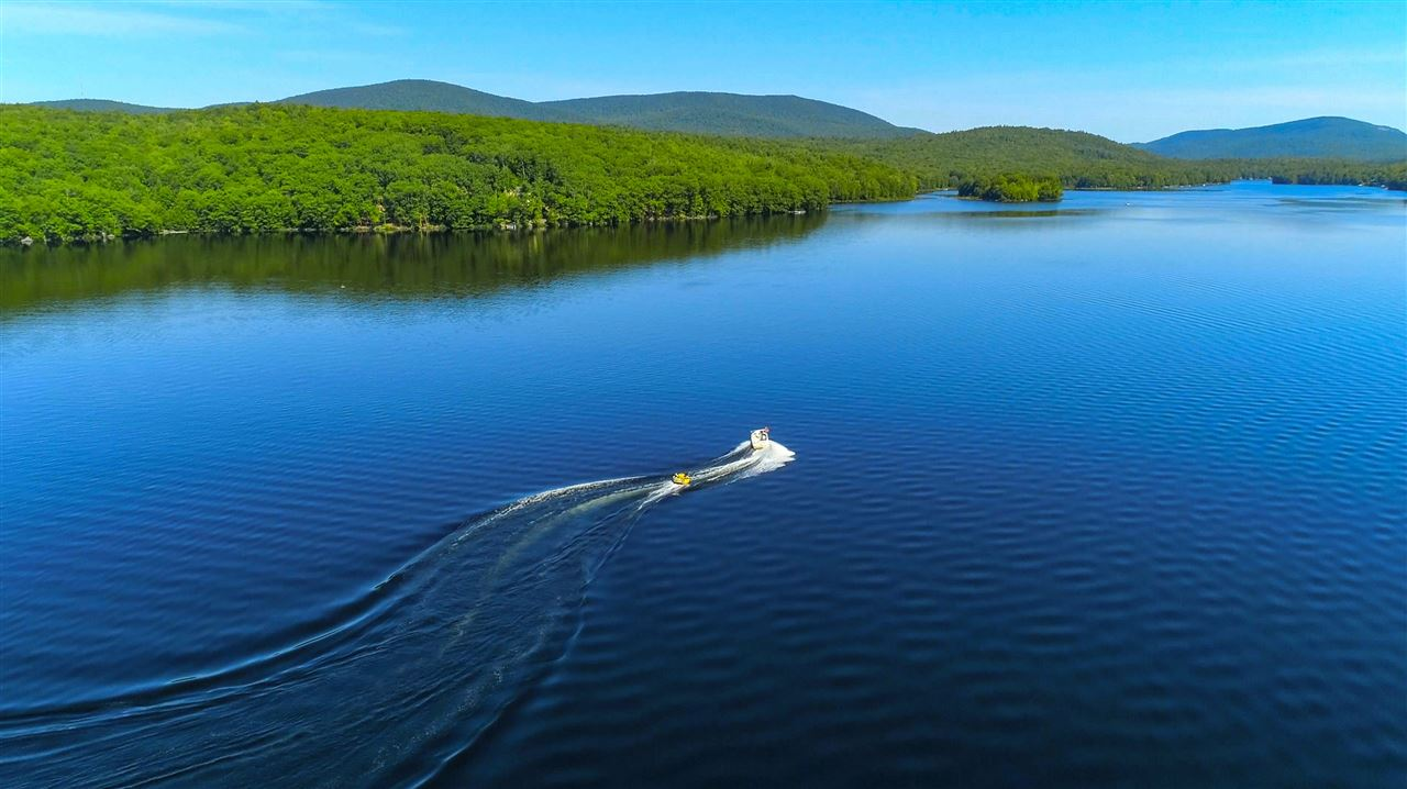 CANAAN NHLAND  for sale $$695,000   12.5 Acres    Price Per Acre $0    Total Lots 13