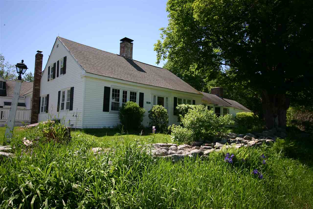 OSSIPEE NH Home for sale $379,000