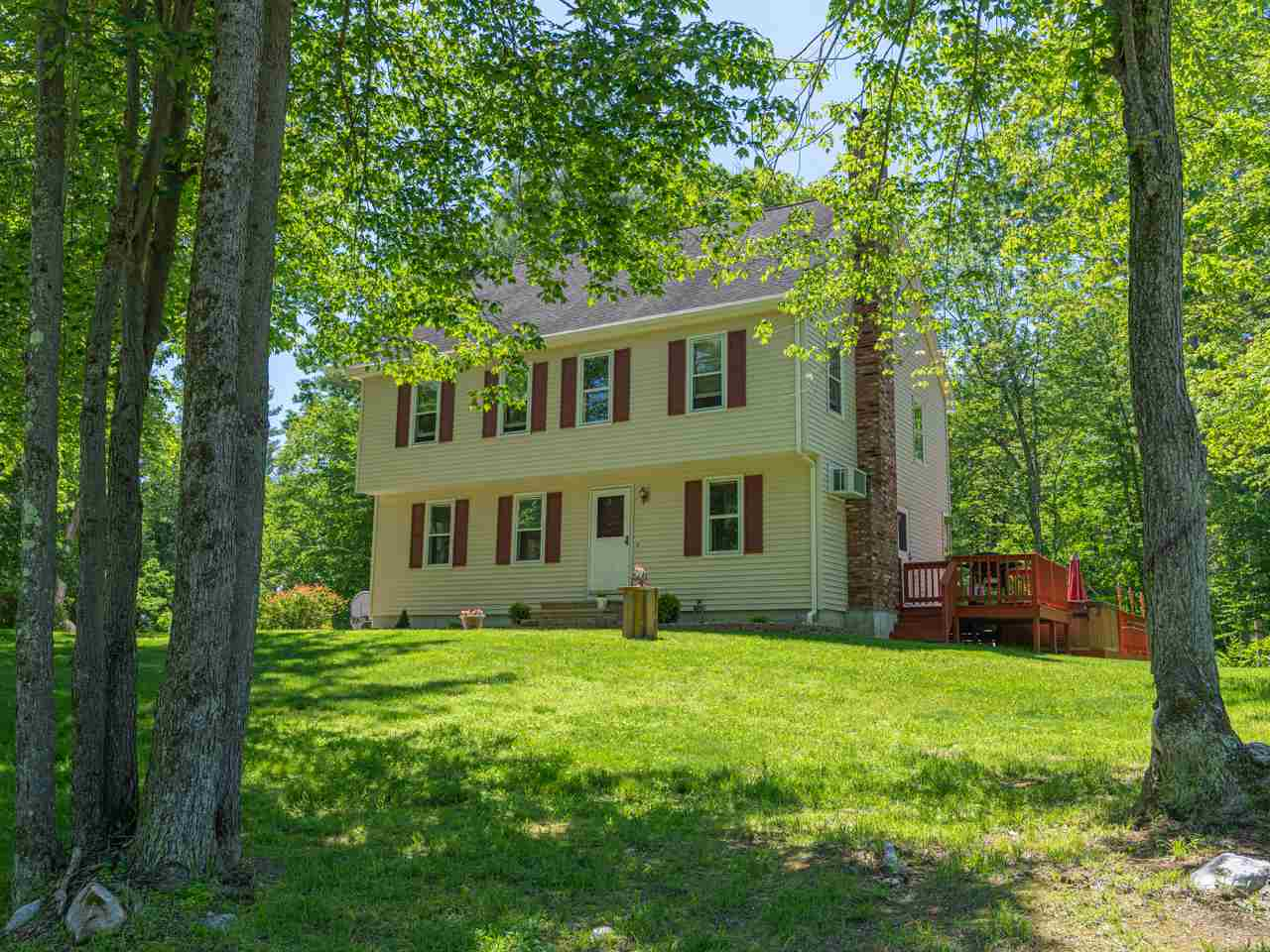 MLS 4759778: 58 Shasta Drive, Londonderry NH