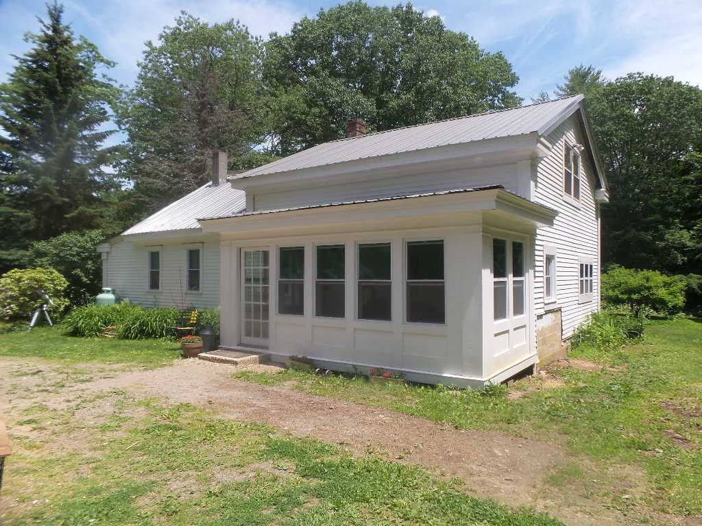 GILMANTON NH  Home for sale $219,900