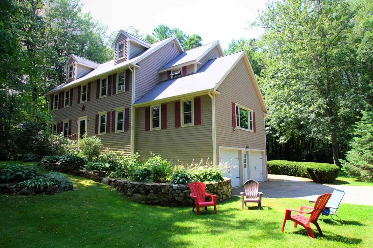 Photo of 11 Collins Drive Hampstead NH 03826