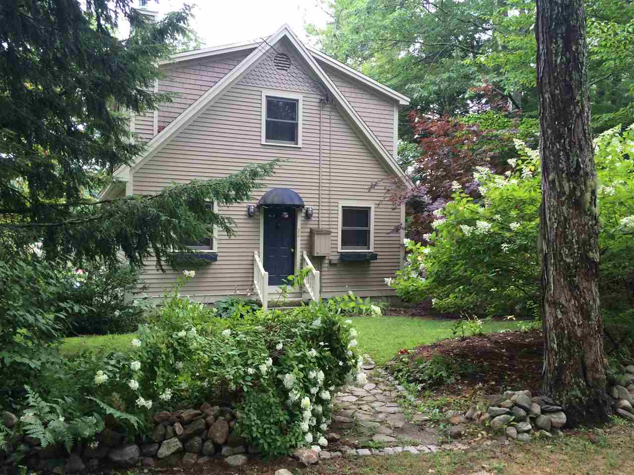 HEBRON NH for rent $Furnished Rec/Vac $1,100  Term