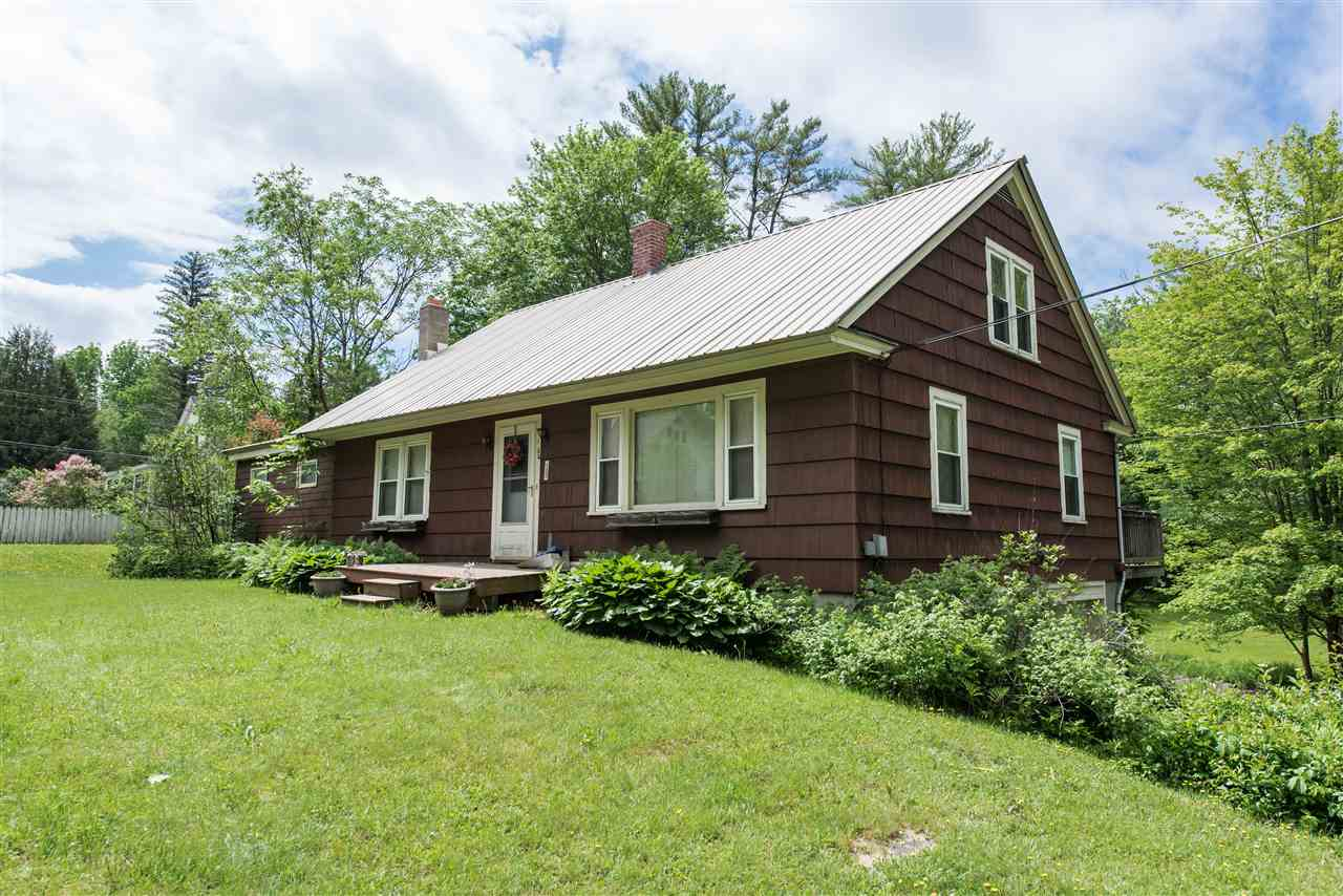 MLS 4760141: 153 Highland Street, Plymouth NH