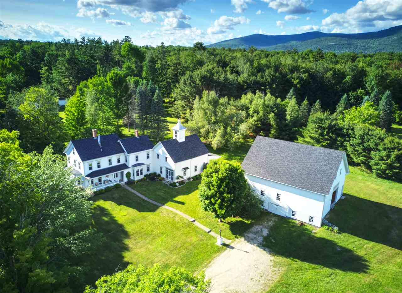 VILLAGE OF MELVIN VILLAGE IN TOWN OF TUFTONBORO NH Home for sale $660,000