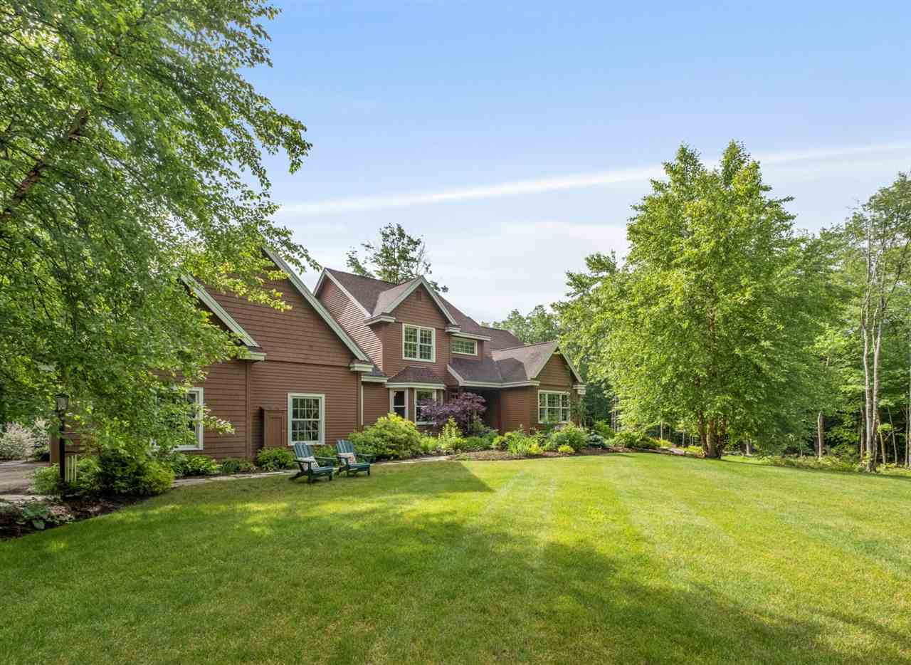 CENTER HARBOR NH Home for sale $789,000