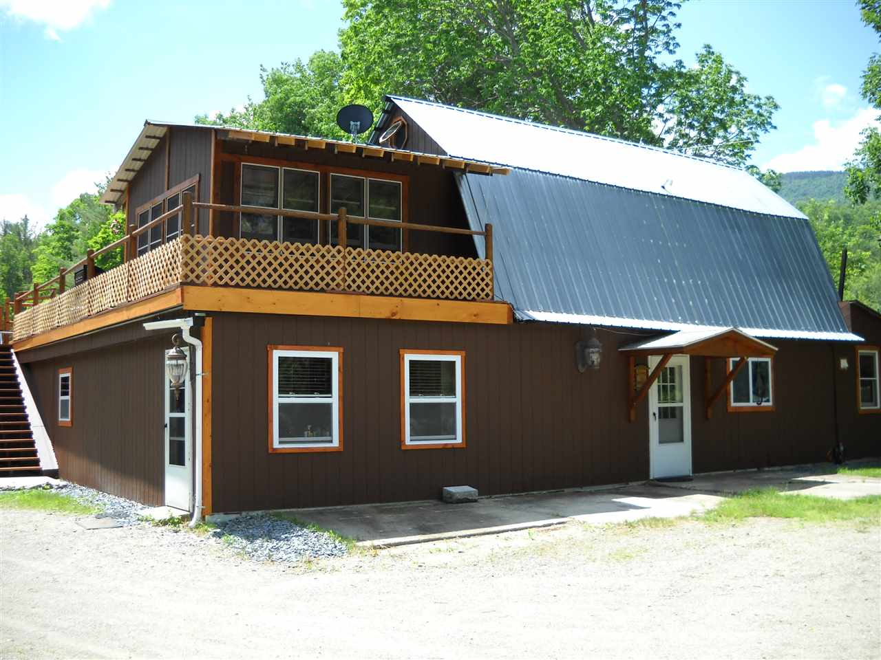 MLS 4762395: 1153 NH Route 25A, Orford NH