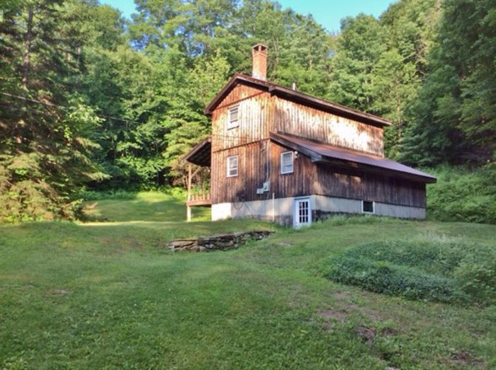 LUDLOW VT Home for sale $$229,000 | $204 per sq.ft.