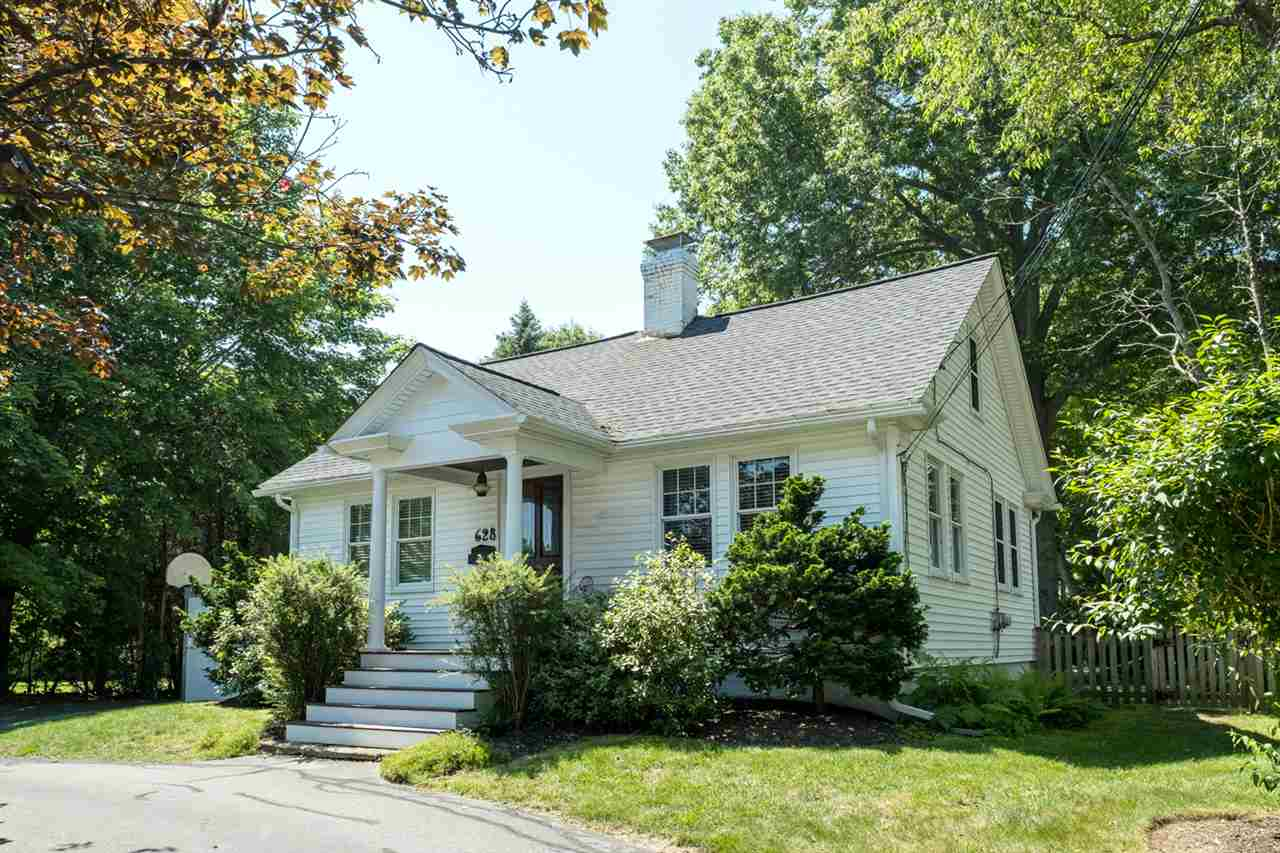 Photo of 628 Greenland Road Portsmouth NH 03801