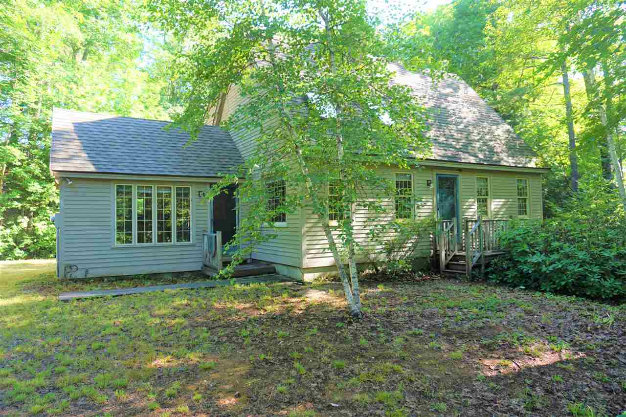 SANDWICH NH Home for sale $329,900