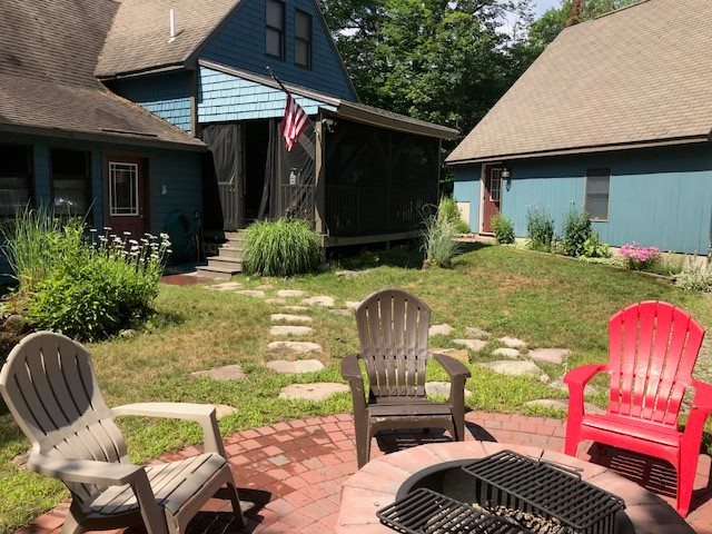 HEBRON NH Home for sale $399,000