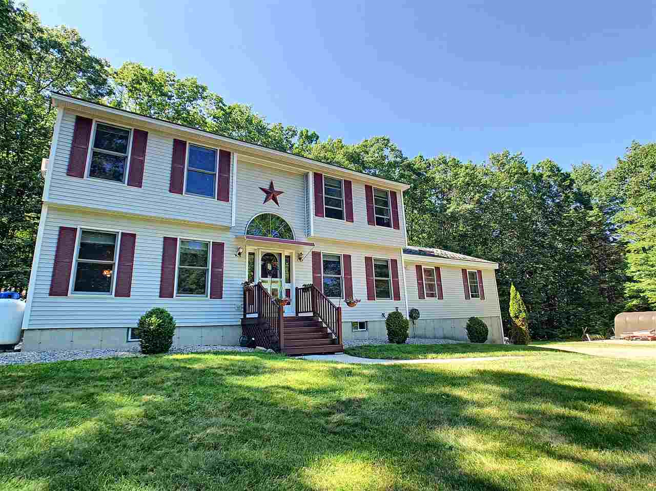BELMONT NH Home for sale $355,000