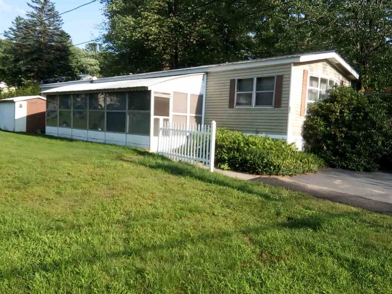 CHARLESTOWN NH Mobile-Manufacured Home for sale $$13,250 | $14 per sq.ft.