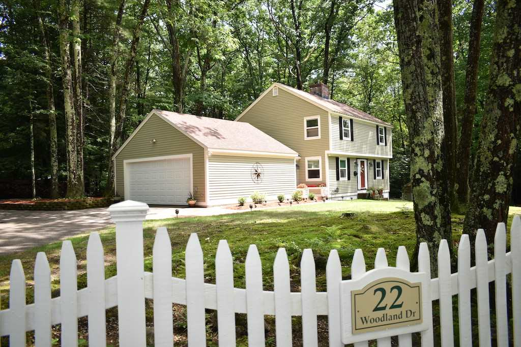 Photo of 22 Woodland Drive Amherst NH 03031
