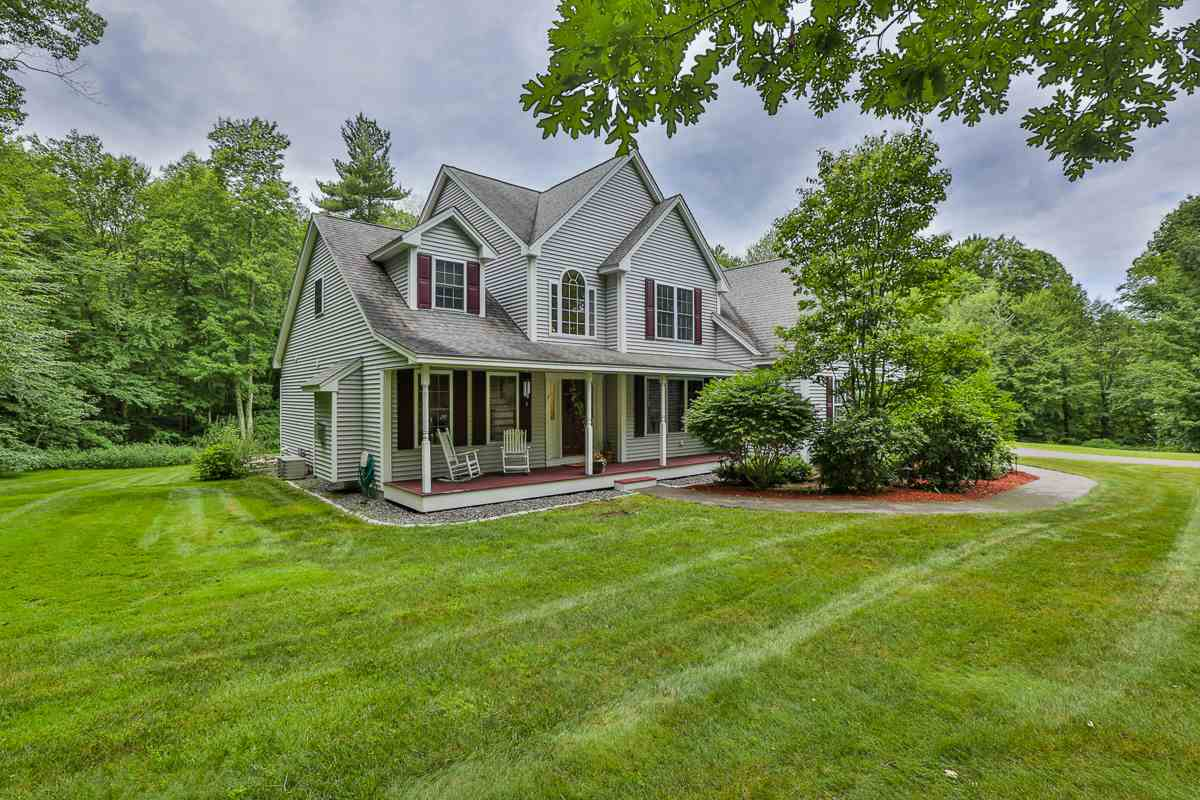 MLS 4765011: 5 Morrison Road, Derry NH