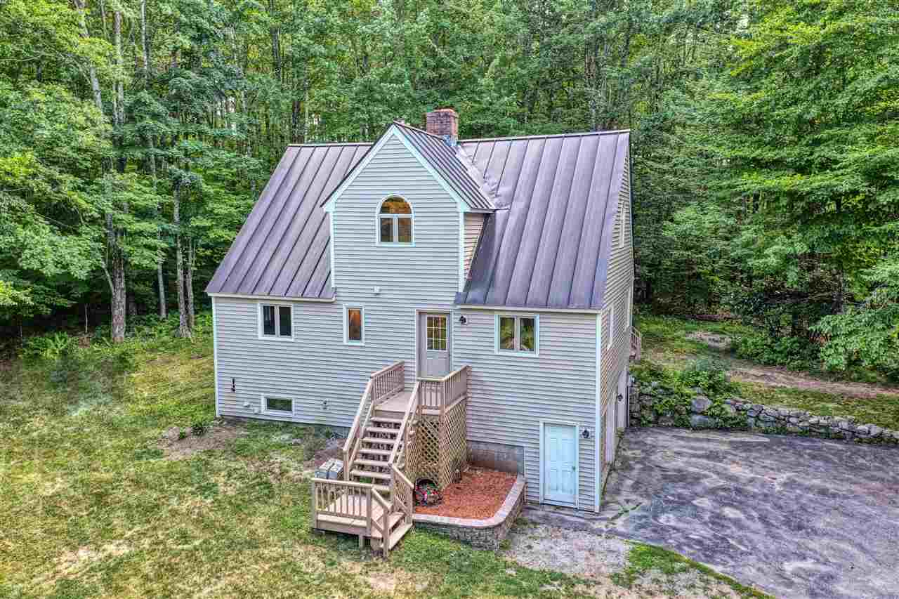 MLS 4765083: 16 Apple Hill Road, Sunapee NH