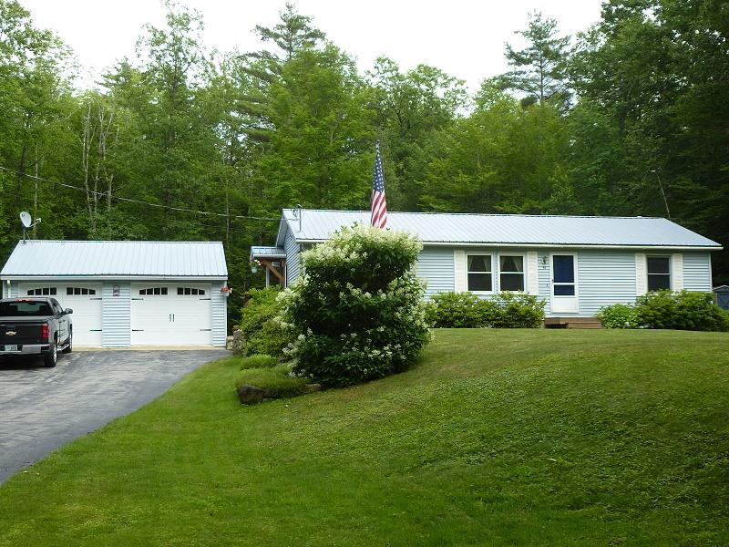 CENTER HARBOR NH Home for sale $259,000