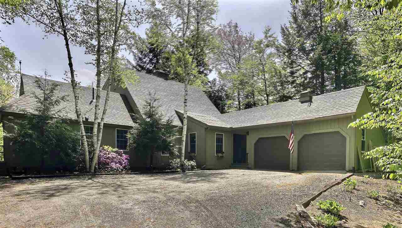 MLS 4765862: 17 Forest Road, Grantham NH