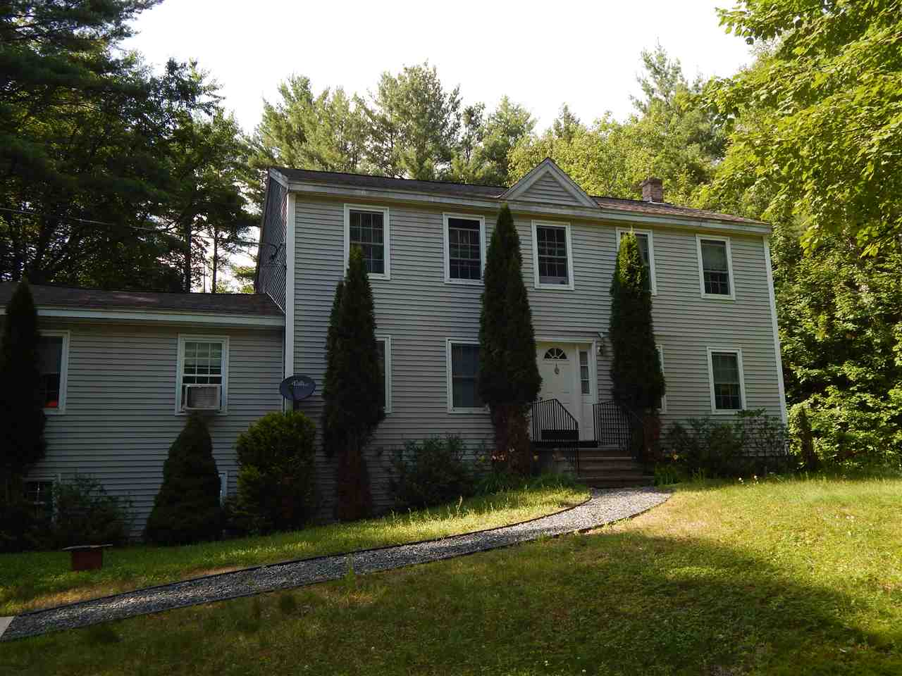 NEWBURY NH Home for sale $$325,000 | $148 per sq.ft.