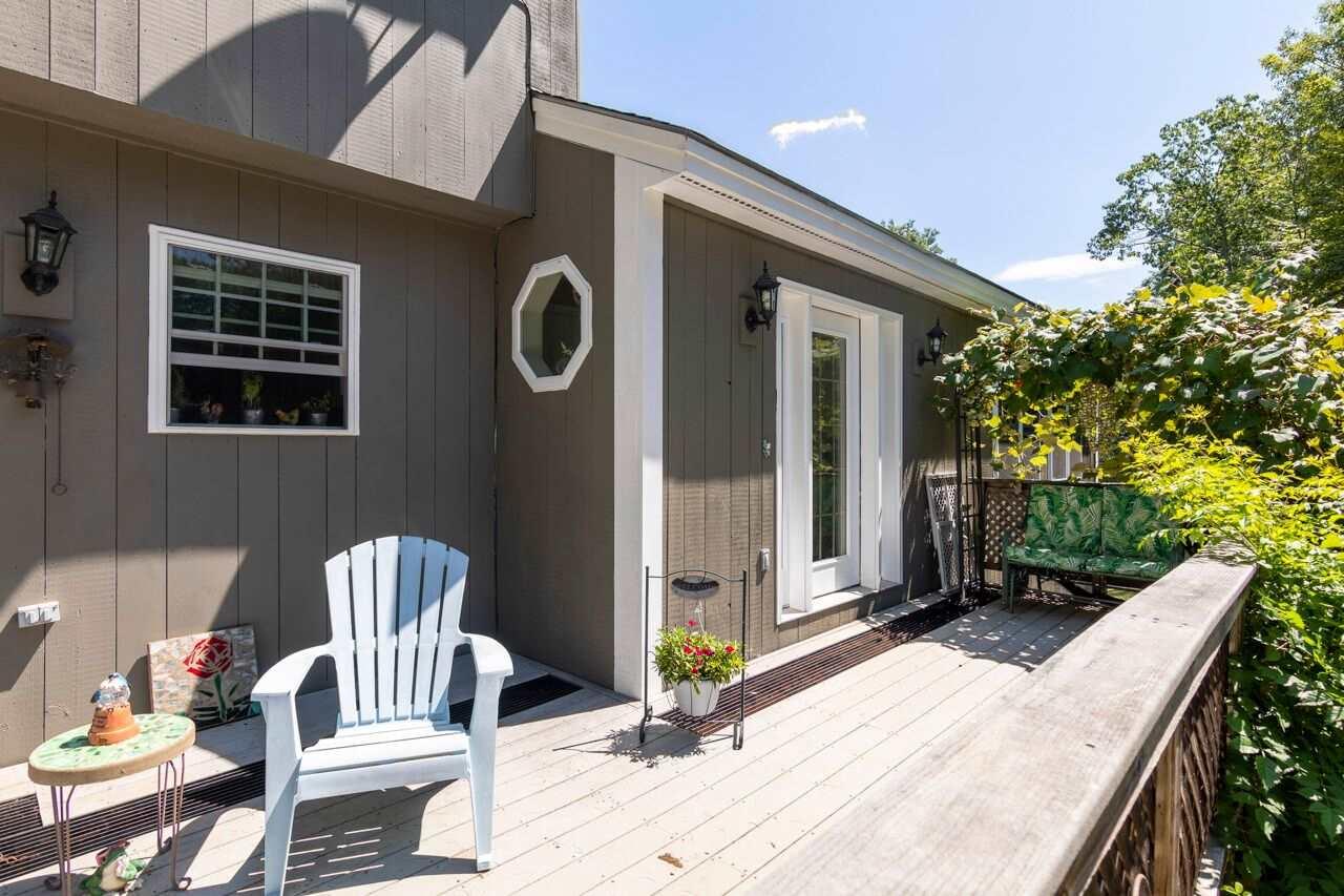 NEW HAMPTON NH Home for sale $330,000