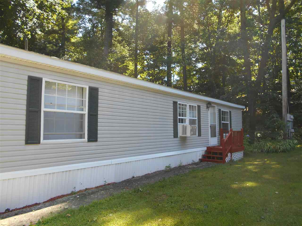 MLS 4768305: 2 Emerald Drive, Merrimack NH