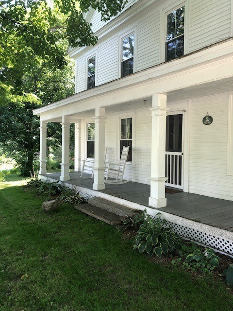 SANDWICH NH Home for sale $349,000