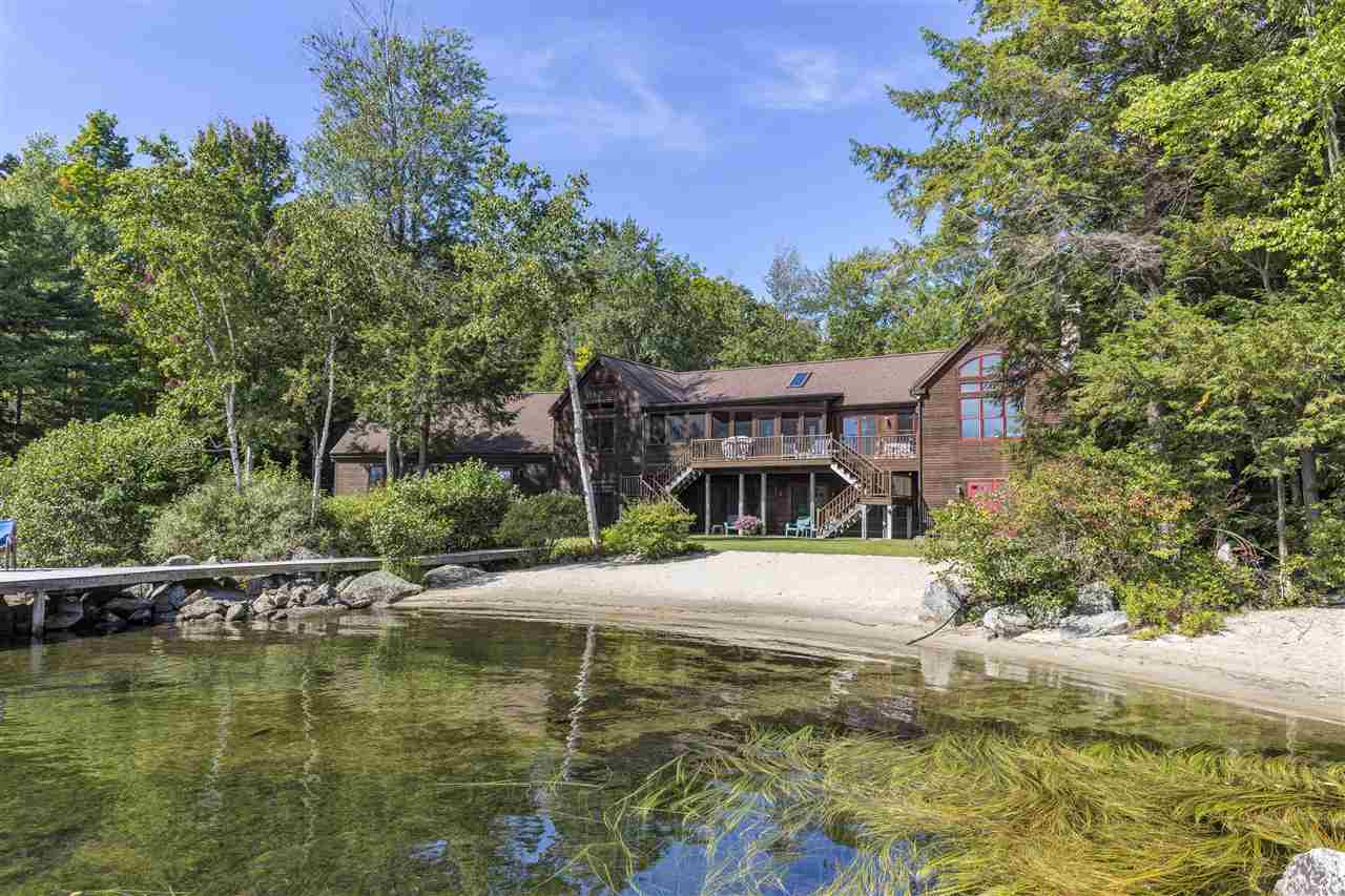 SUNAPEE NH Lake House for sale $$3,995,000 | $1,786 per sq.ft.