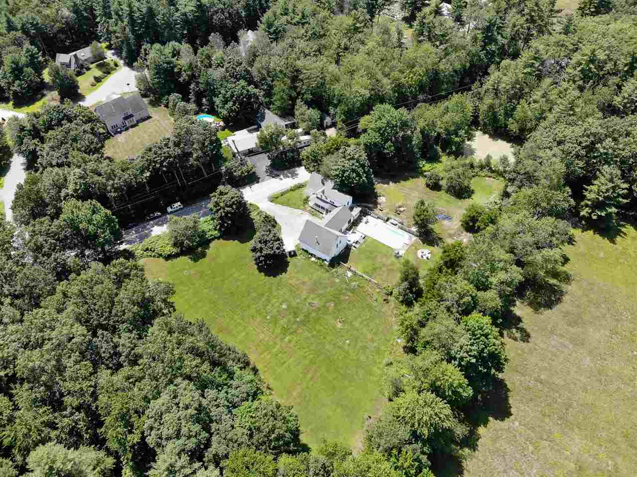 MLS 4769023: 211 Baboosic Lake Road, Merrimack NH