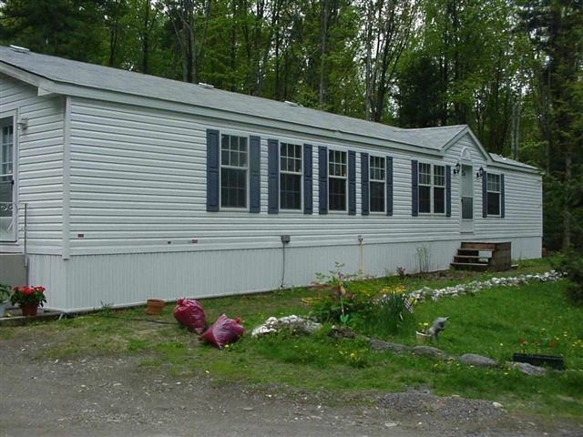 CHARLESTOWN NHMobile-Manufacured Home for sale $$99,900 | $56 per sq.ft.
