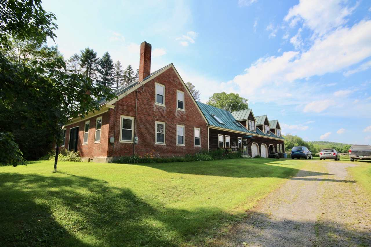 Springfield VT Home or Farm Acres: 79.8     Beds: 5 &