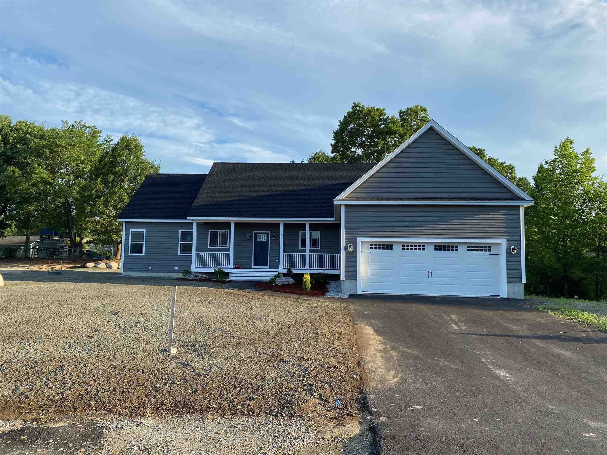 MLS 4770228: 7 Curtis Commons Way-Unit Lot 11, Milford NH