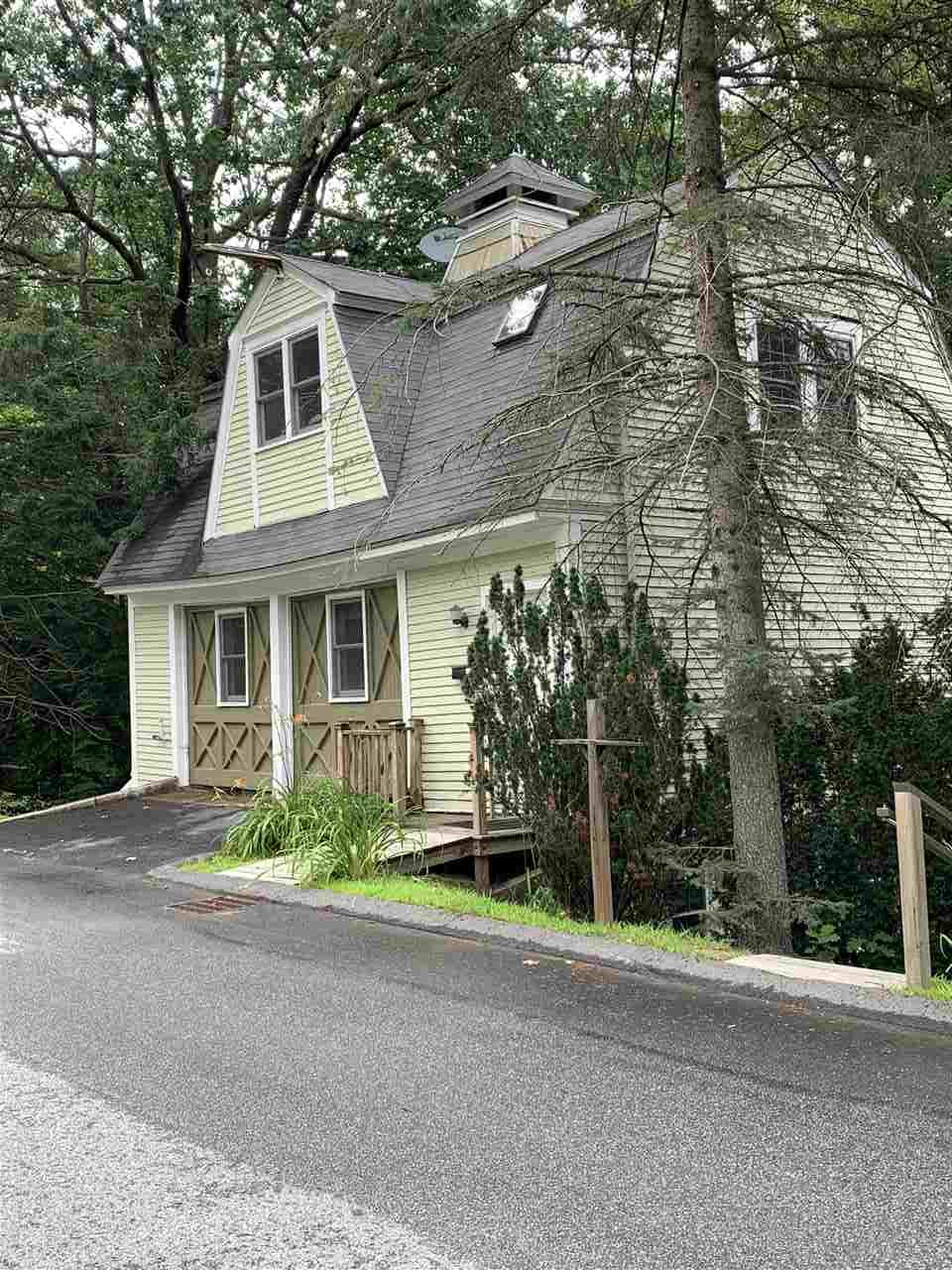 MLS 4770726: 6 Weeks Street, Plymouth NH