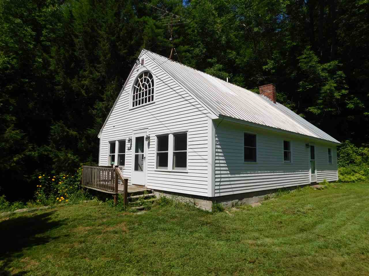 MLS 4770814: 30 Shoestrap Road, Lyme NH