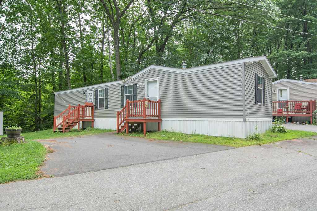 MLS 4770857: 8  Garnet Lane, Merrimack NH