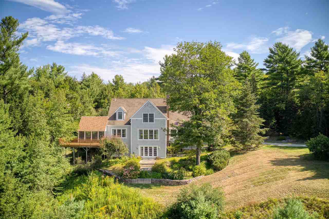 NEW LONDON NHHome for sale $$675,000 | $191 per sq.ft.