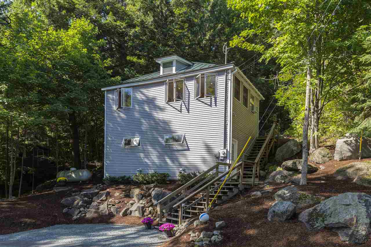 NEWBURY NH Home for sale $$384,900 | $391 per sq.ft.