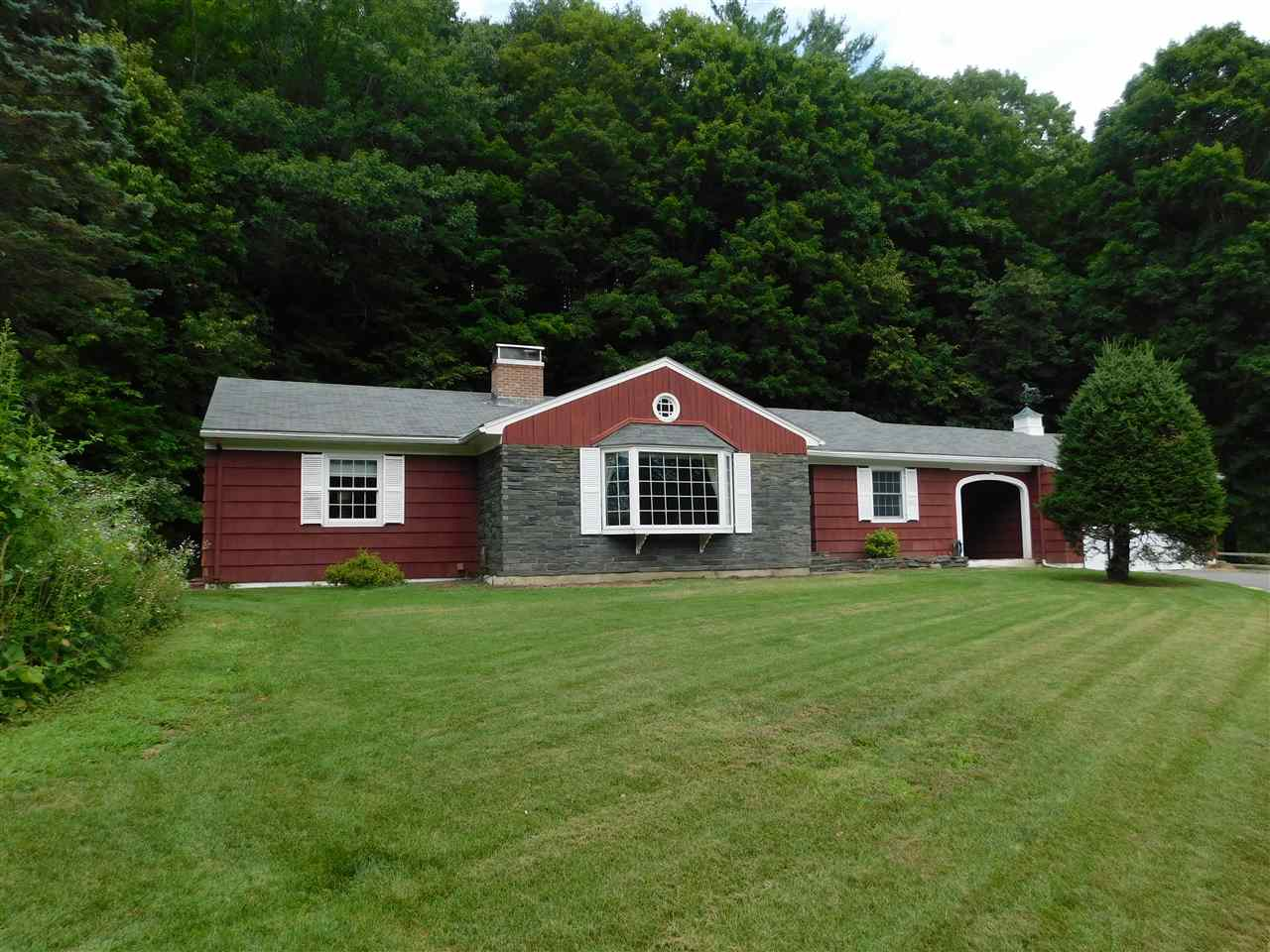 MLS 4773361: 274 Gifford Road, Hartford VT