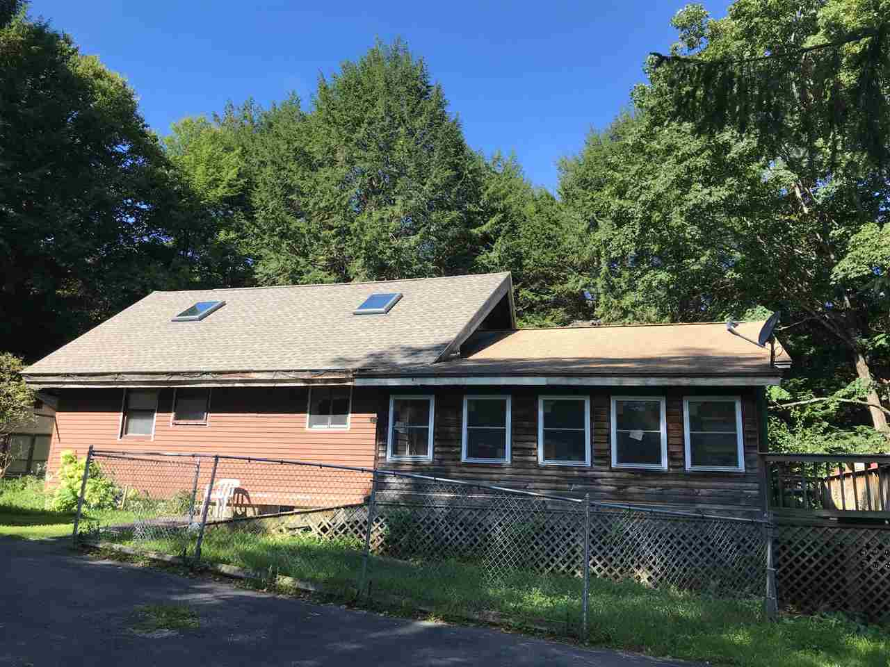 VILLAGE OF ASCUTNEY IN TOWN OF WEATHERSFIELD VT Home for sale $$199,000 | $19,900 per sq.ft.
