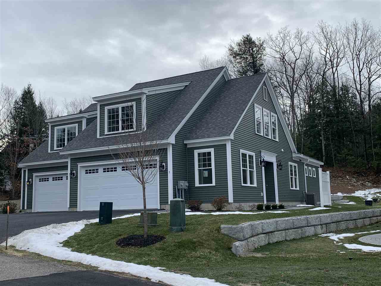 Photo of 5 Green Road Newmarket NH 03857