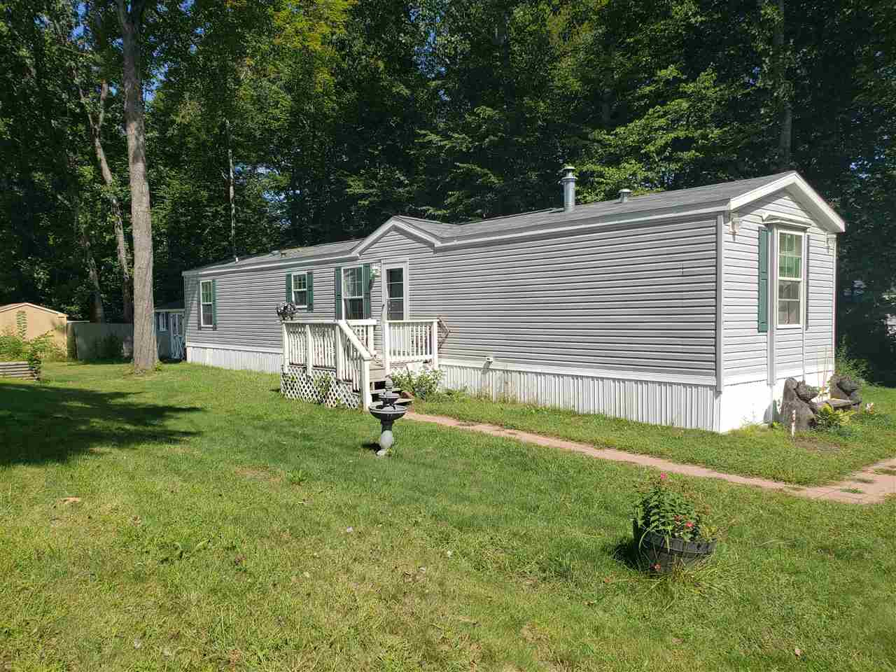 CHARLESTOWN NH Mobile-Manufacured Home for sale $$46,000 | $50 per sq.ft.