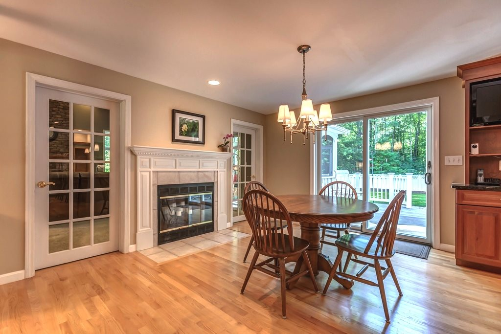 5 Brander Court Amherst Nh Derry Nh Area Residential