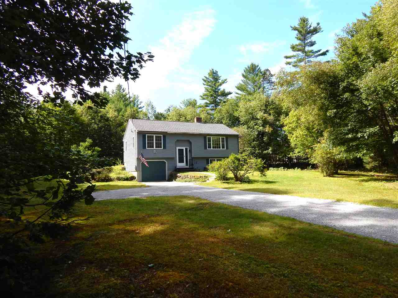 Newbury NH 03255Home for sale $List Price is $228,500