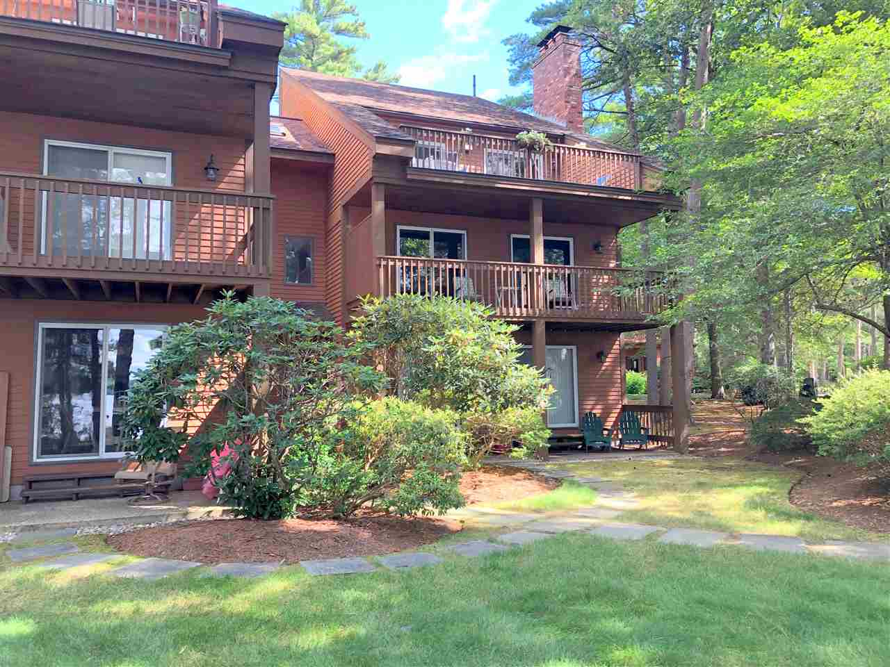 VILLAGE OF MELVIN VILLAGE IN TOWN OF TUFTONBORO NH  Condo for sale $365,000