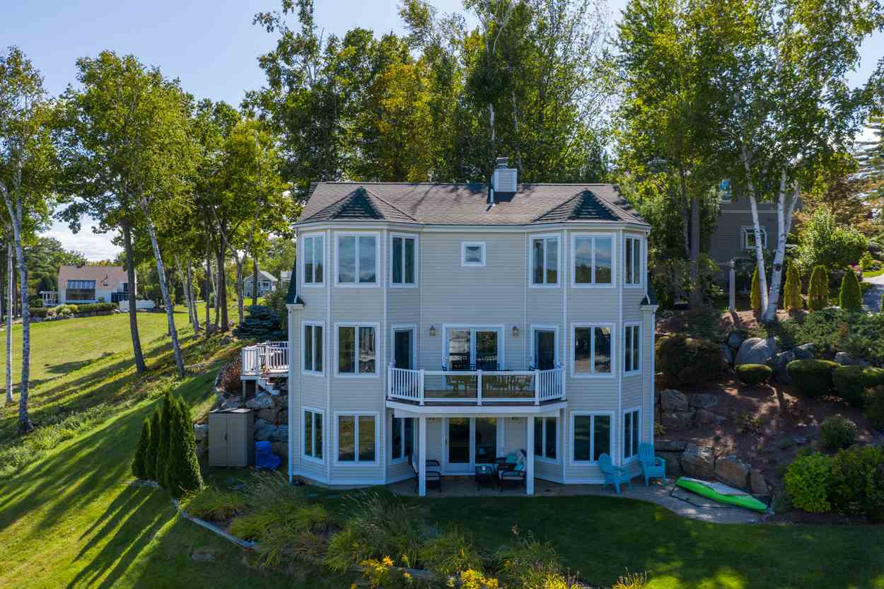 LACONIA NH Home for sale $749,900