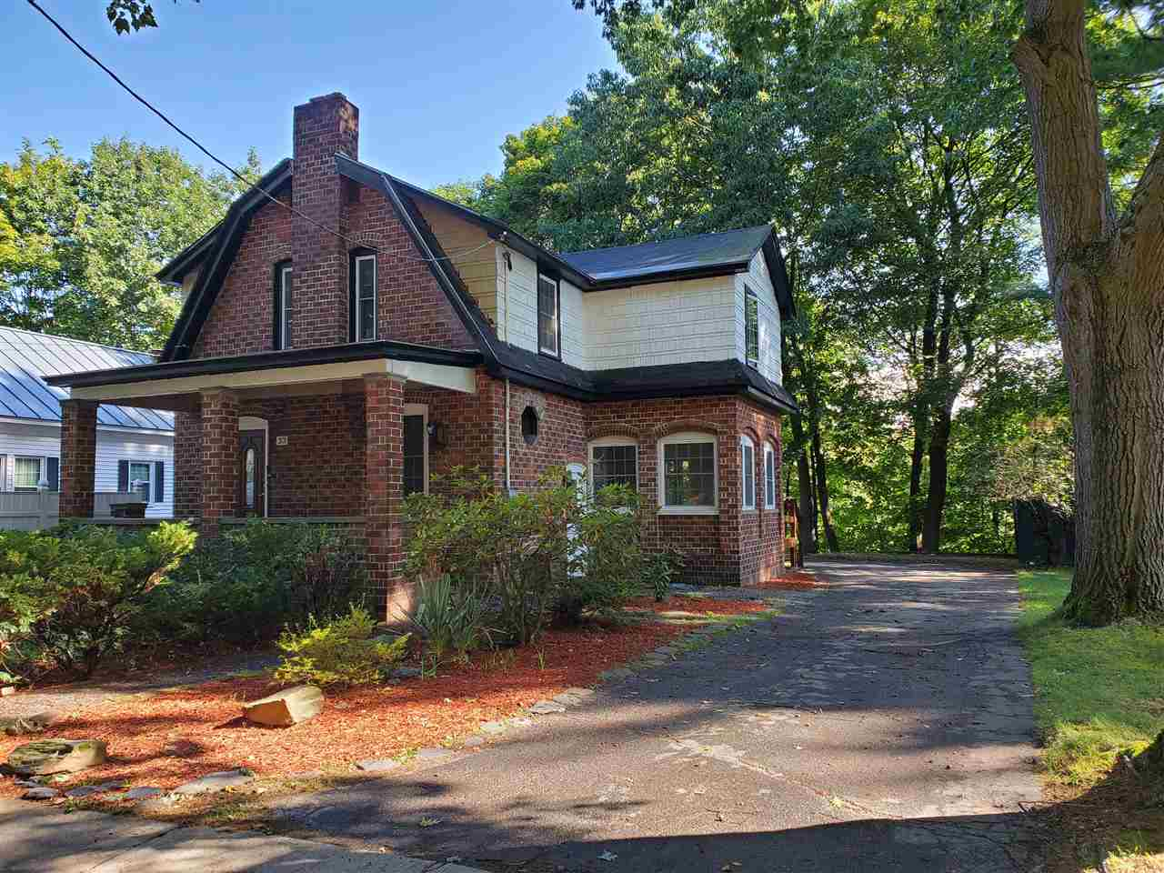 CLAREMONT NHHome for sale $$159,000   $108 per sq.ft.
