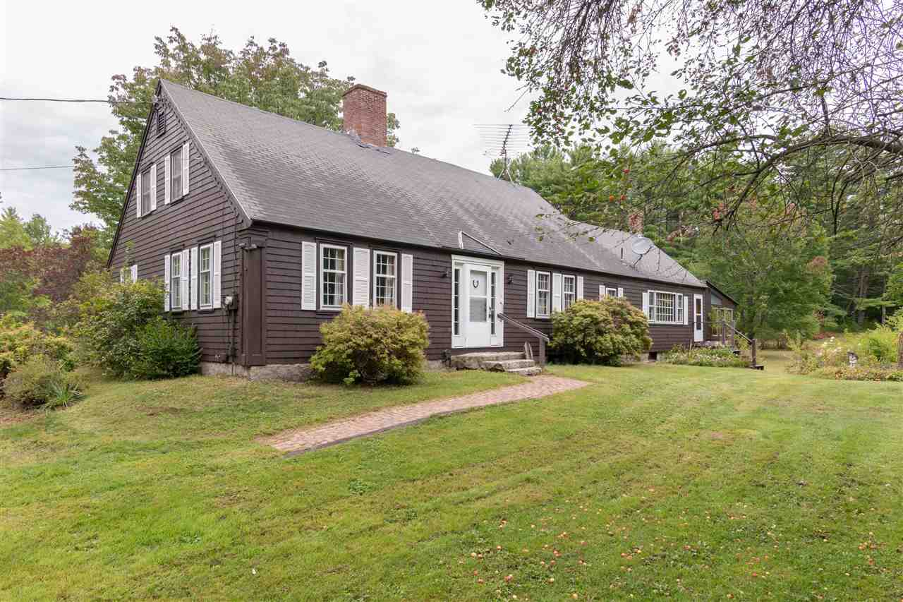 WAKEFIELD NH Home for sale $308,500