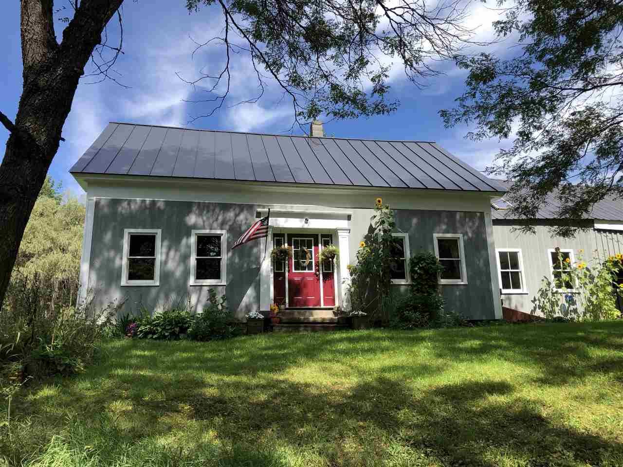 Tunbridge VTHorse Farm   Property