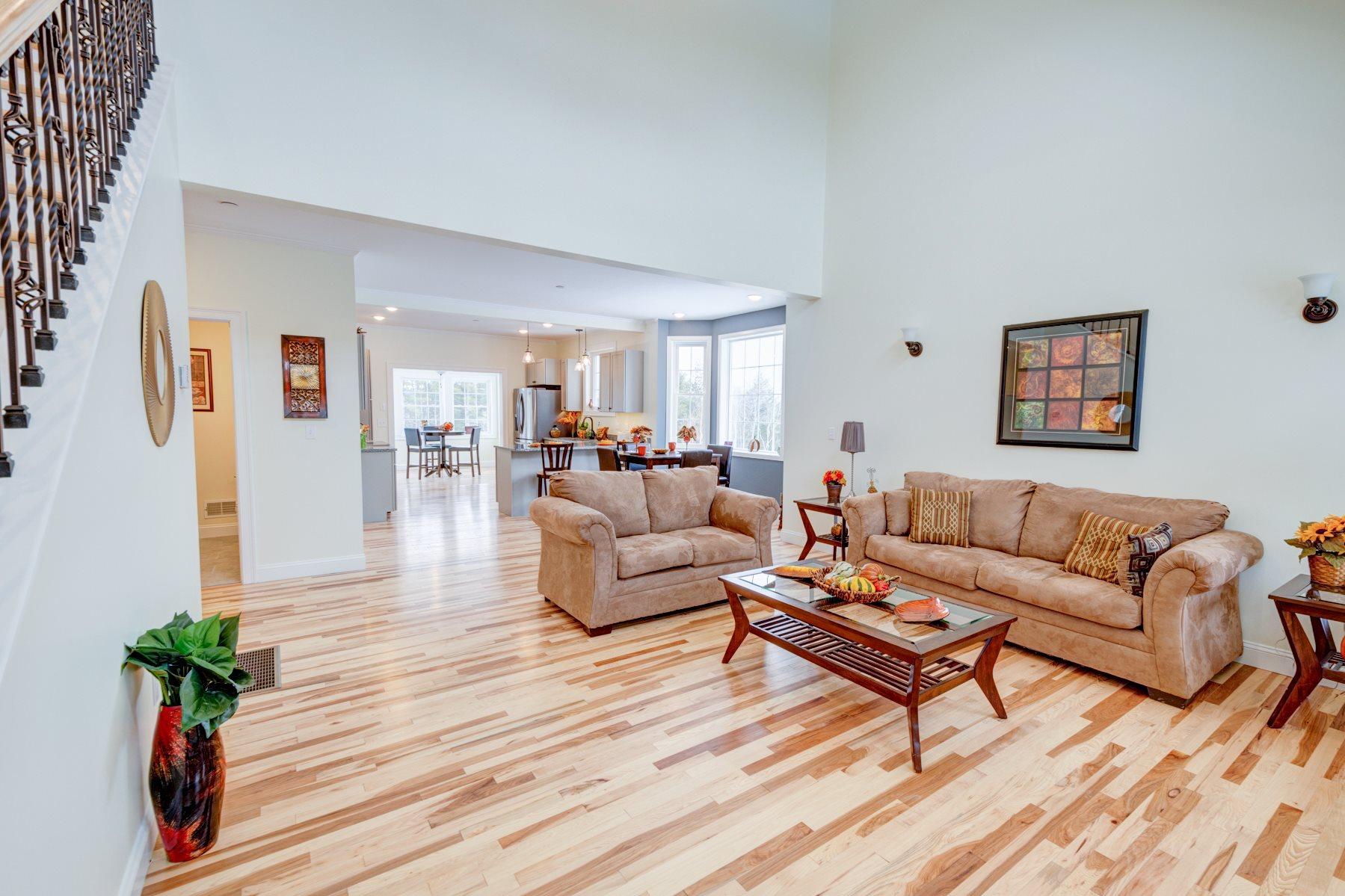 TILTON NH Home for sale $389,000