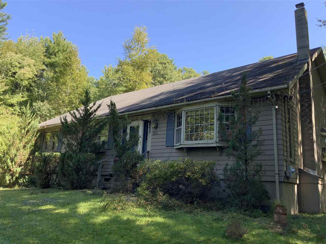 MLS 4777666: 84 Frost Road, Derry NH