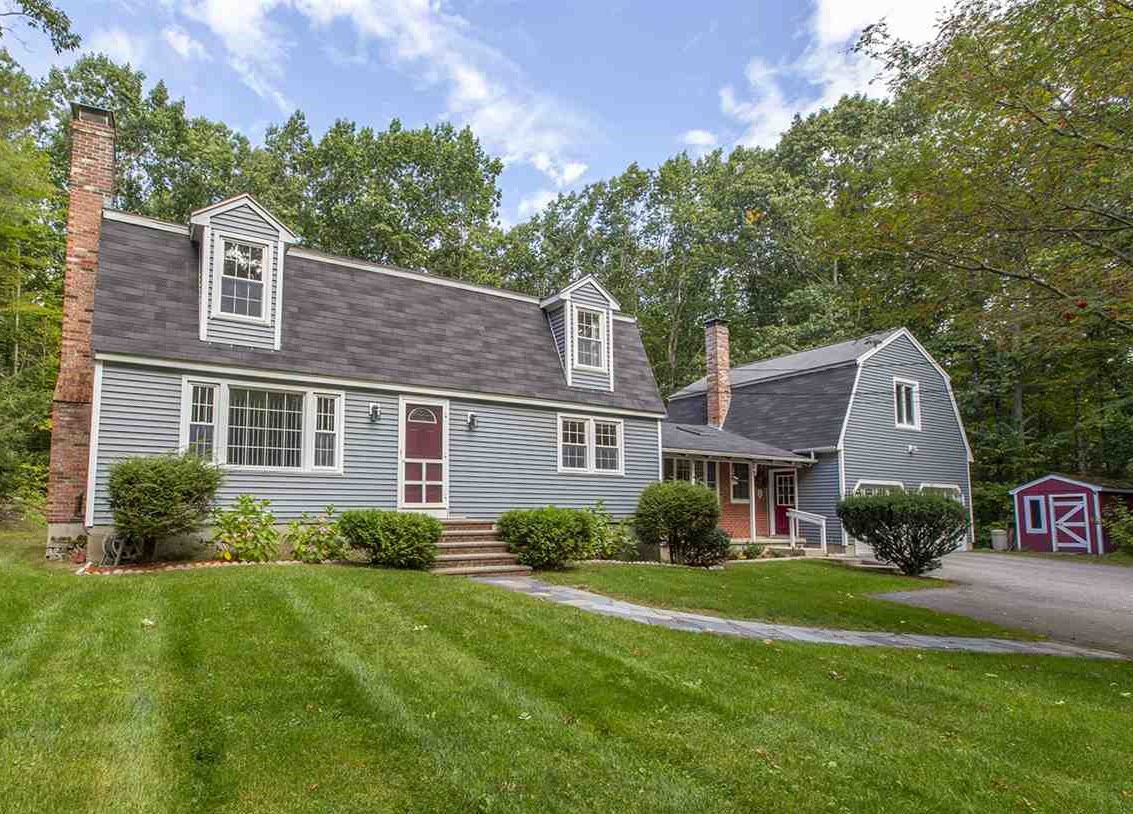 Welcoming Gambrel Style Home on Nice Lot