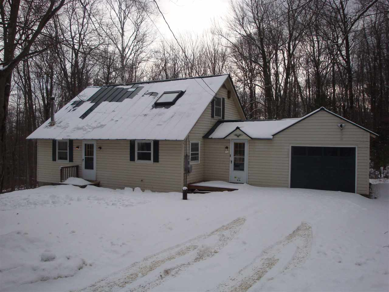 BRADFORD NH Home for sale $$209,900 | $109 per sq.ft.